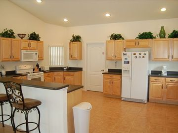 Fully equipped kitchen to meet all your needs