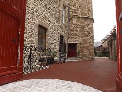 Urban premium ground floor cottage for 2-6 pers historic Fougeres, Label House of Fr.