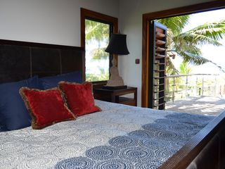 Cook Islands villa photo - Your master bedroom