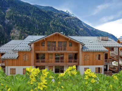Apartments only 800 metres from the cabin lift to the Les Trois Vallees ski-area
