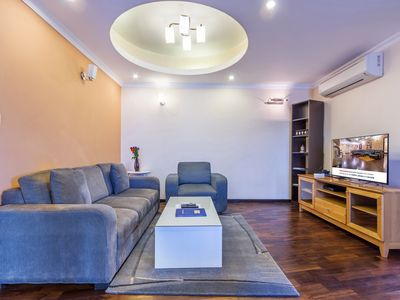 RETREAT SERVICED APARTMENTS DELUXE