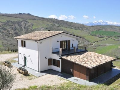 Atri farmhouse rental - The organic Villa
