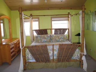 Summerland Key house photo - Bright and happy bedroom