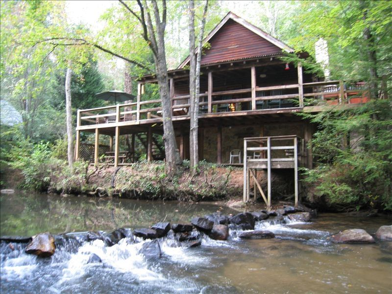 Waterfront cabin on trout stream w hot vrbo for Fishing cabin rentals