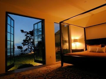 Lover level King Bedroom suite