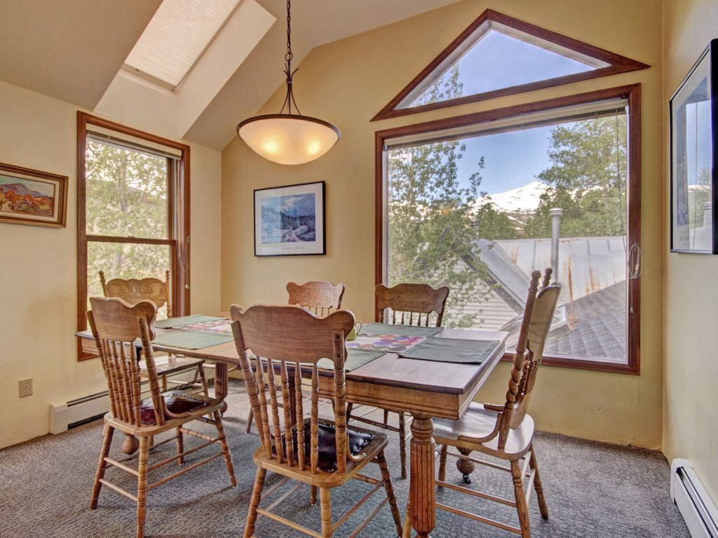 The dining room with a view of the mountain.