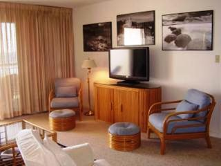 St. Augustine condo photo - Entertainment, 100DVD/Read Library, Sea Prints