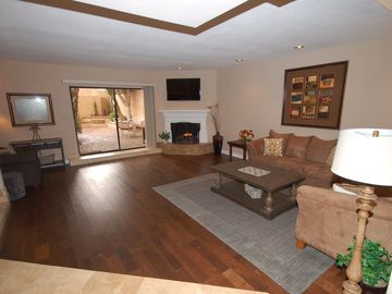 Boulders Scottsdale townhome rental - View of living room, fully furnished and decorated. Start relaxing now!