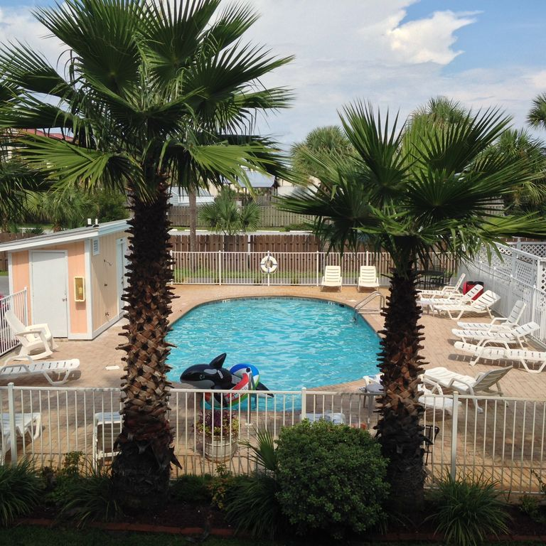 Location, Location, Location! First Floor, Pool View, Beautiful Beaches!