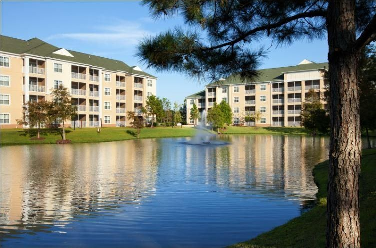 Family-Friendly Condo w/ WiFi, Whirlpool Tub, Resort Pool & Fitness Center