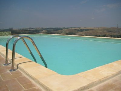 Montalcino house rental - Pool side view over Tuscany