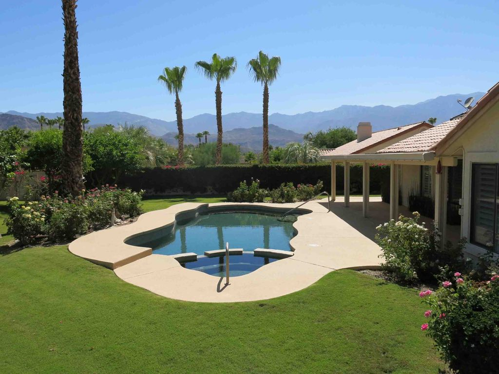 Spectacular Panoramic Mountain Poolside View VRBO