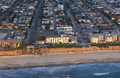 Condo while on bi-plane ride at 4667 Ocean Blvd, 2 blocks north of the Pier
