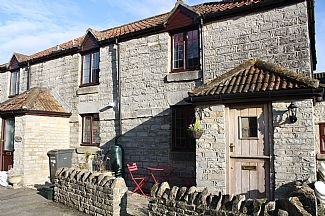 Beautiful Stone Cottage In The Heart Of The Somerset Levels