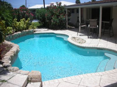 Perfect home with beautiful pool and only steps away from the beach !