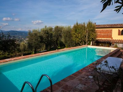 Fantastic Villa close to the centre of Lucca- fantastic  pool - wifi.