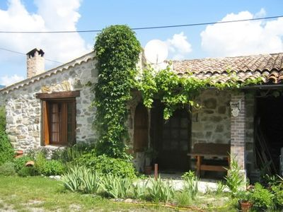 In the Hautes-Alpes, Provence, studio with terrace, pond biotope and mountain views