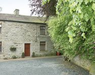GARDEN COTTAGE, pet friendly in Mickleton, Teesdale, Ref 1132