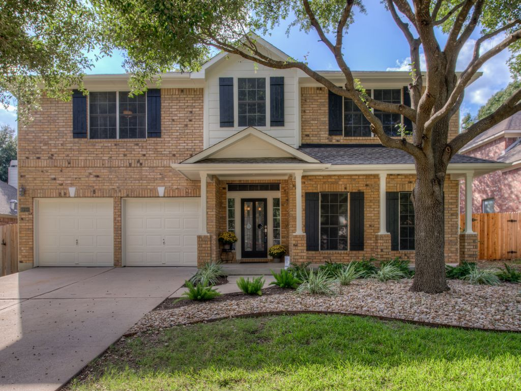 Luxurious Recently Remodeled Home Close to Downtown Austin, Lake Travis, Domain!