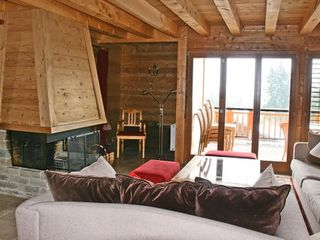 Villars-sur-Ollon chalet photo
