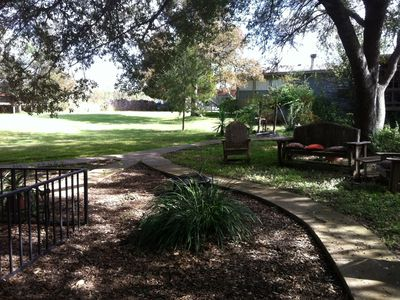 Austin area estate rental - Backyard