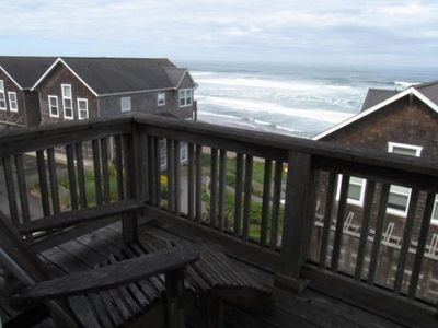 Decks – Upper and Lower Ocean Views