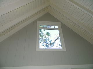 Exposed beams in the ceiling - Harpswell cottage vacation rental photo