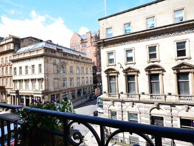 Apartment in Glasgow - 31990 Short Breaks Available! – Please Enquire Now!