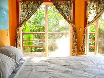 Cabina #2 w/ attached 2nd Bedroom and Bathroom w/ Private Outdoor Shower