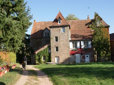 Manoir 17th century of 800m2, 70 people, quiet, Auvergne countryside