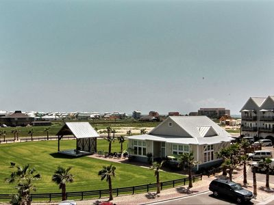 Port Aransas condo rental - View of Lisabella's Restaurant