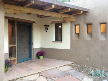 Corrales house rental - Front Entry