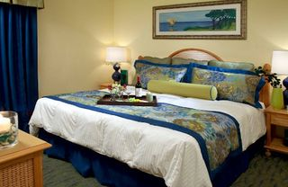 Lake Buena Vista apartment photo - Master bed at Blue Tree Resort