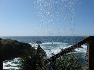 Mendocino cottage rental - Out door shower in the Morning