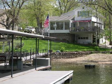 Laurie house rental - Dock and swimdeck view with beach and firepit