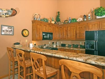 Full Kitchens with Granite Countertops