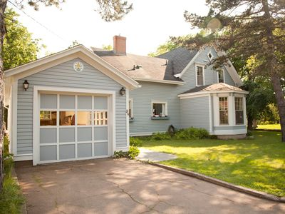 Century Home In The heart Of Summerside