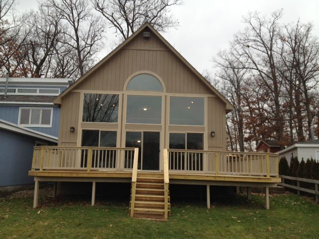 Perfect Lakefront Vacation Home For Large Family Or Multiple Families