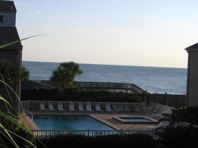 Pool and sauna overlook the Gulf.