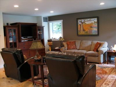 Hailey house rental - Living room and entertainment center