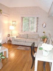 Poconos Pines - Pinecrest Lake townhome photo - loft with pull out sofa