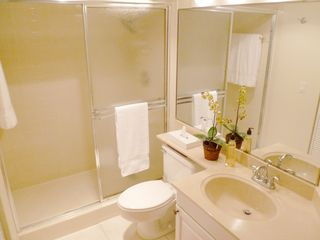 Hutchinson Island condo photo - Guest bathroom with linen closet