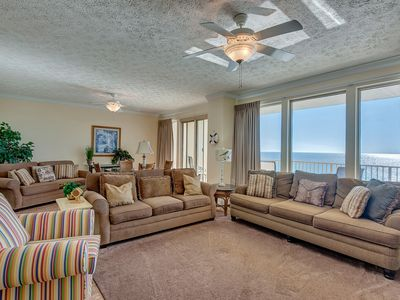 Stunning 7th Floor Condominium with spectacular views of the Gulf of Mexico