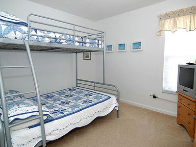 Windsor Palms villa rental - Cool bunk beds for the small ones.