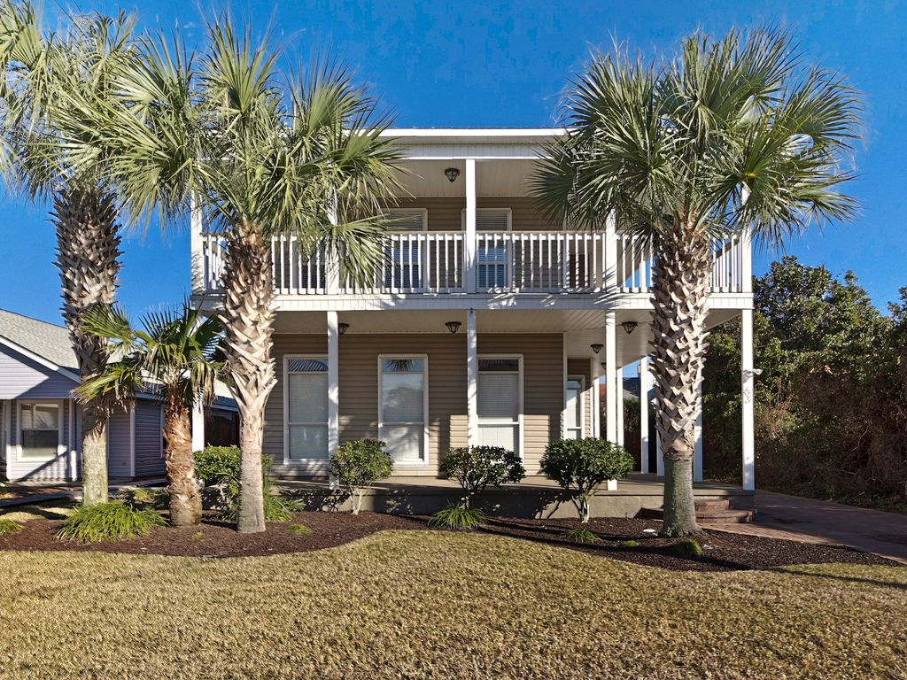 One lot from the beach 4b 3 5b home all new vrbo for Beach house with wrap around porch