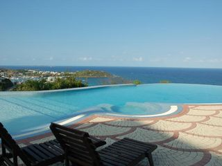 Dawn Beach condo photo - World class pool and views!