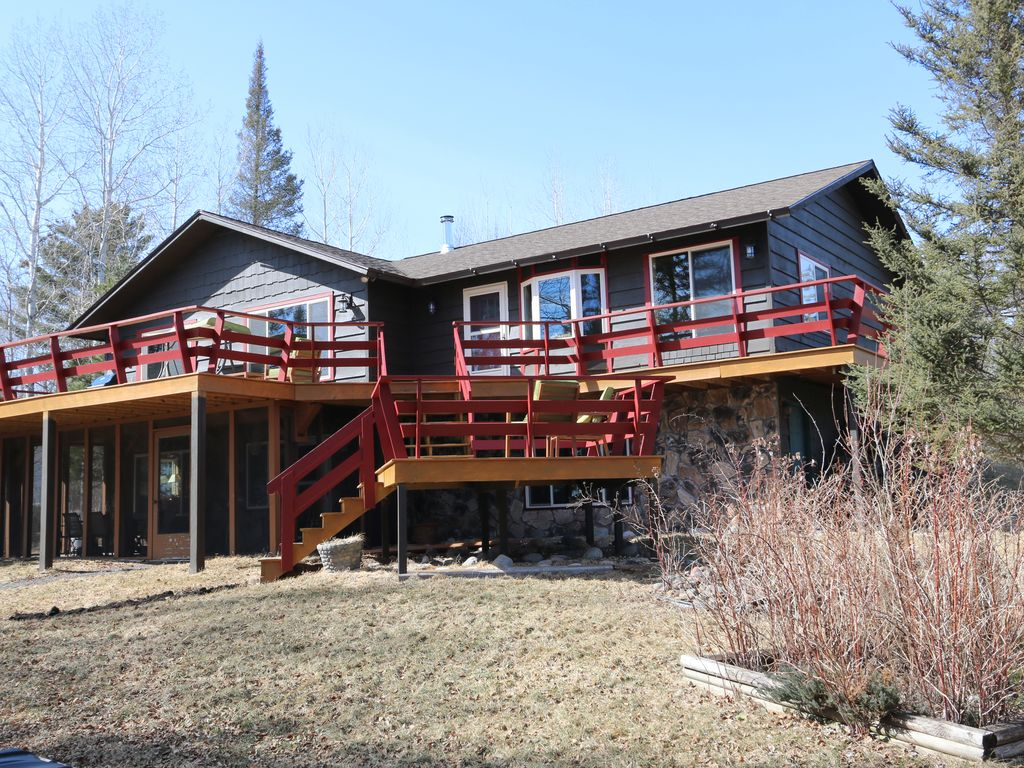 Beautiful lakefront home in the duluth area 5 br for Cabins for rent in minnesota