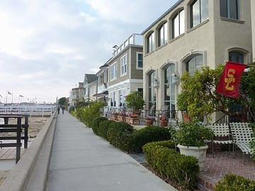 Balboa Island Boardwalk