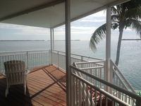 Ocean Perch , Dock 80'Heated Pool  Deep Channel Tennis 15 min Key West