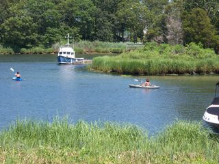 Aquebogue cottage photo - Waterfront Vacation Rentals for Kayaks on the Peconic. Easy Going.
